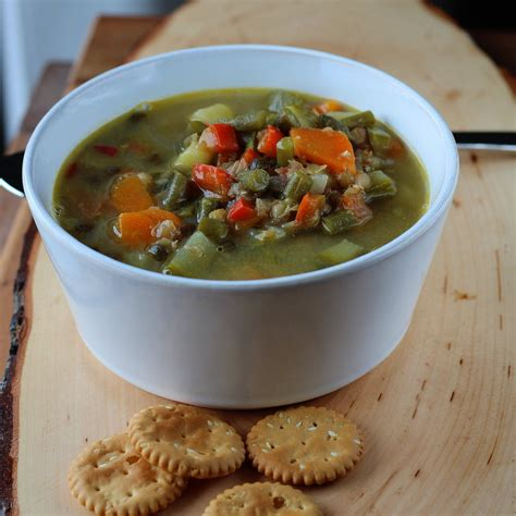 Once the oil is heated, add the chopped onion, carrot and celery and cook, stirring often, until the onion has softened and is turning translucent, about 5 minutes. Resep Sop Lentil : Easy Vegan Lentil Tomato Soup Running ...