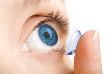 diving with contact lenses all you need to dive in