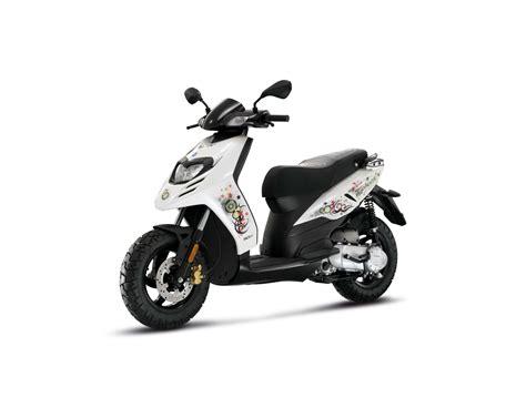 piaggio 125 roller gebrauchte piaggio typhoon sport 125 motorr 228 der kaufen