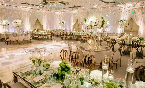 romantic jewish wedding  lush ivory flowers rose