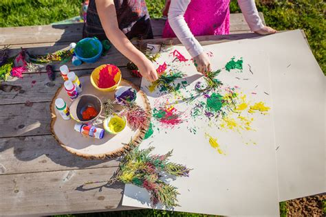 12 easy and creative nature crafts for preschoolers this fall 874 | painting with nature kindercare