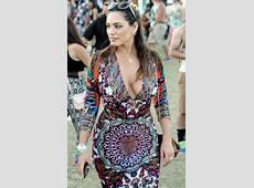 Kelly Brook in Patterned Dress – Coachella Music & Arts