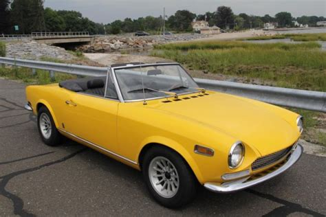 1970 Fiat 124 Spider by 1970 Fiat 124 Spider 34825 Yellow Convertible 1750