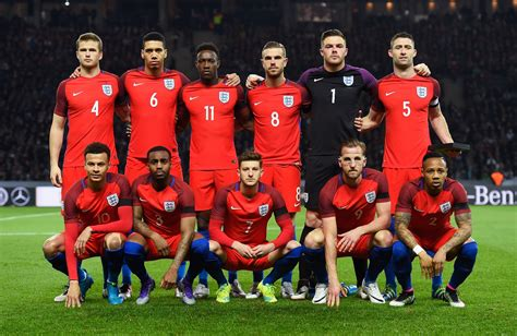 Чемпионат англии по футболу на куличках : Which England squad is the best of the last 20 years? Standard Sport's poll of the day   London ...