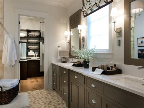 Pictures Of Small Master Bathrooms by Master Bathroom Pictures From Hgtv Smart Home 2014 Hgtv