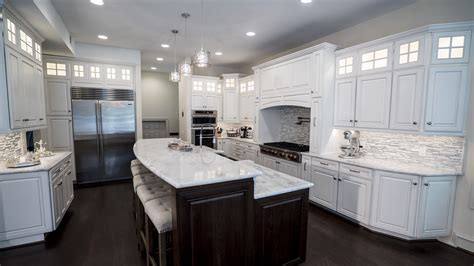 Kitchen Cabinets & Kitchen Remodeling   Kitchen & Bath