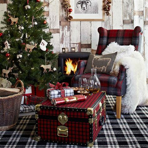 33 Best Christmas Country Living Room Decorating Ideas. Christmas Tree Decorations Wilko. Decorate Christmas Tree Ecard. Christmas Door Decorations For Teachers. Old Glass Christmas Ornaments Ebay. Christmas Tree With Lights Sale. Christmas Decorating Ideas For Outdoor Trees. Christmas Cake Decorations Royal Icing. Silver Plated Christmas Ornaments Uk