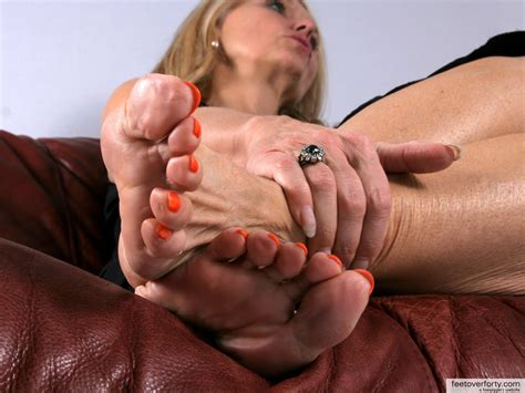Fapsophialo In Gallery Mature Sexy Feet Picture Uploaded By