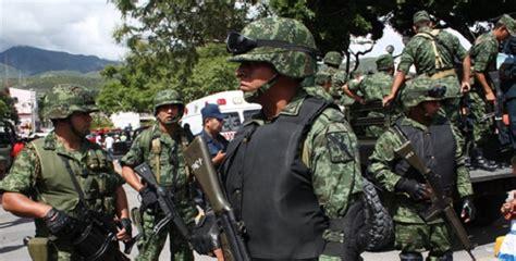 confirma ejercito mexicano la muerte de dos autodefensas  tiempo noticias