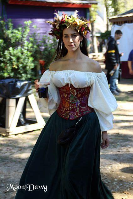 texas renaissance festival  renaissance fair outfit