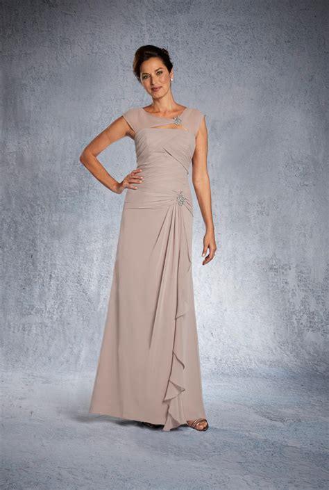 alfred angelo  short mother   bride dress