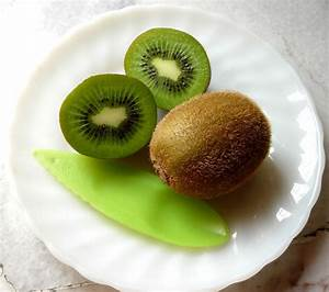 Kiwi Fruit Free Stock Photo - Public Domain Pictures
