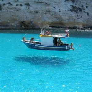 Levitating boat « Richard Wiseman