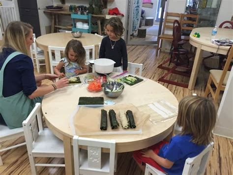 there s a vegan preschool in jersey city and the menu 178 | veganpreschoolkidspreppinglunch