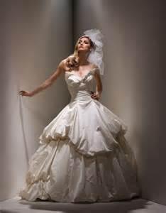 vivienne westwood brautkleid danielle wedding big gown