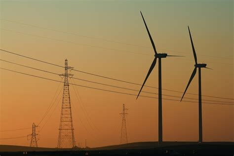 Access . Vestas wind turbine solutions and services