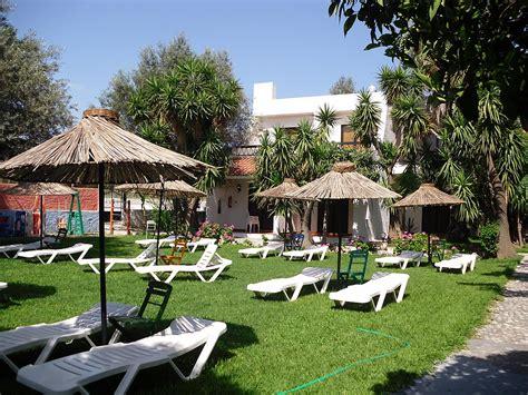 Oasis Hotel & Bungalows  Řecko  Ck Fischer