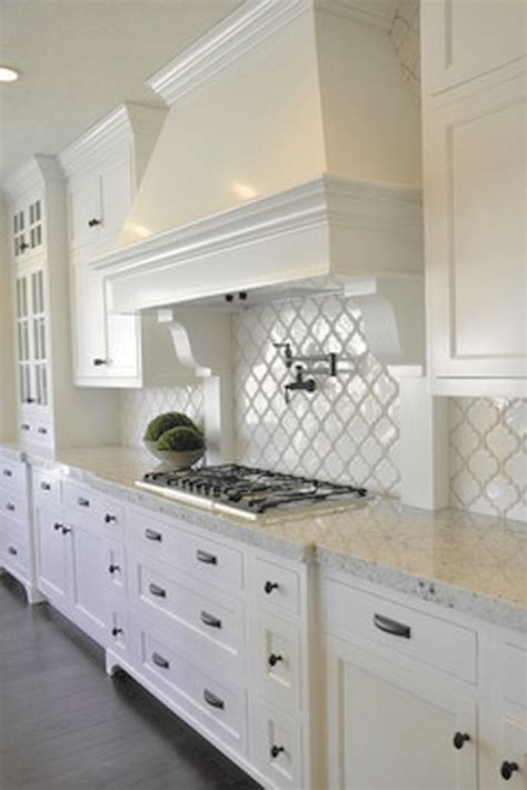 white kitchen furniture 25 best ideas about white kitchens on white