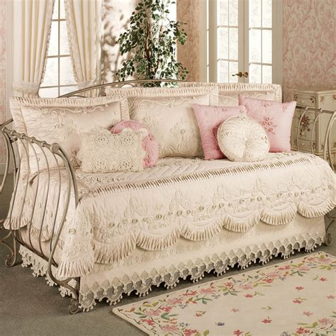 shabby chic daybed bedding pin by angela austin on home sweet home pinterest