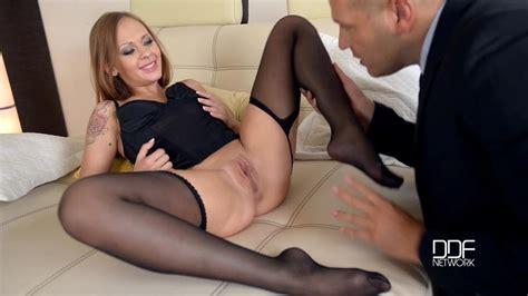 All Hot Legs and Feet Videos   between-legs.com