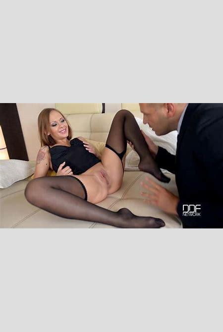 All Hot Legs and Feet Videos | between-legs.com