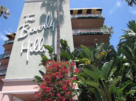 Kardashians Boycott Beverly Hills Hotel · Guardian Liberty