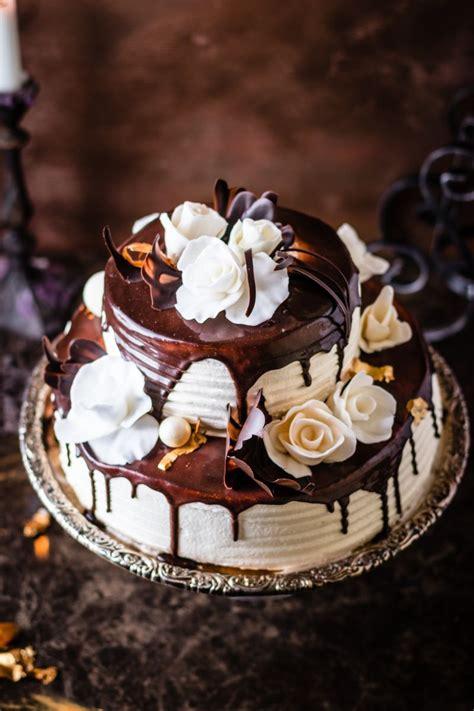 KĀZU: Veidotie ziedi - Daces kūkas