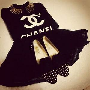 51 best Coco Chanel clothes images on Pinterest | Chanel ...