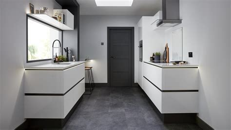 Contemporary Kitchens   Modern Kitchen Design   Howdens