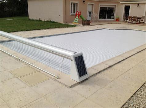 volet roulant piscine lame solaire