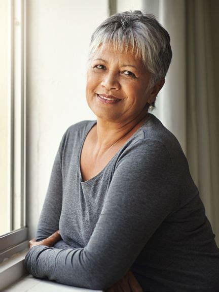 coiffure coupe courte femme 60 ans coupes courtes femmes 60 ans 2018