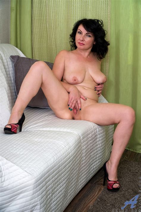 Russian Mature Helen He The Mature Lady Porn Blog
