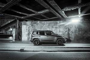 Renegade Brooklyn Edition : gen ve 2016 une s rie sp ciale jeep renegade brooklyn edition photo 4 l 39 argus ~ Gottalentnigeria.com Avis de Voitures