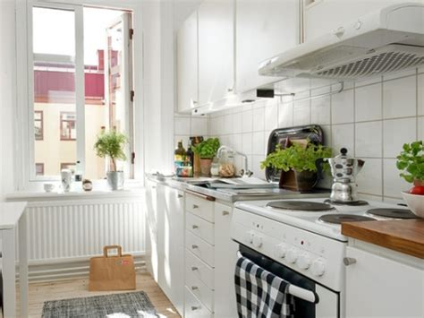 decorating ideas for small kitchens small apartment kitchen decorating ideas home design