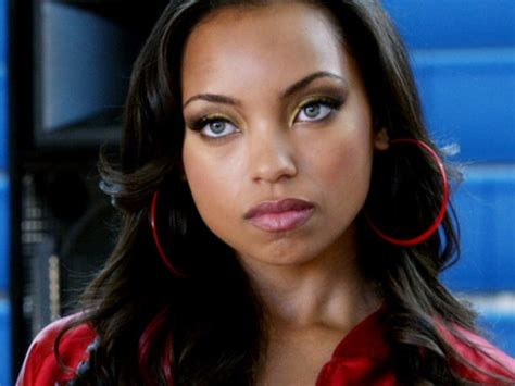 hit the floor howard hottest woman 12 7 14 logan browning hit the floor king of the flat screen