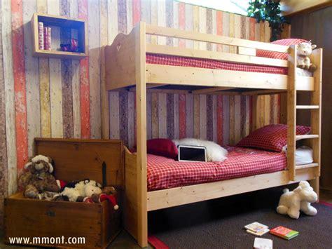 chaise haute design cuisine meubles montagnards la clusaz décoration chalet