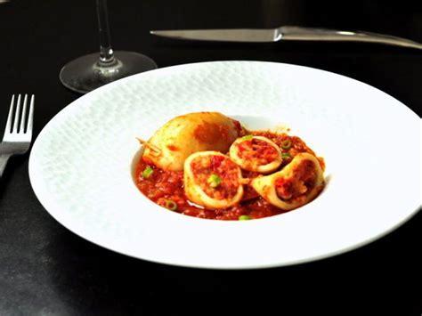 calamar cuisine calamars farcis à la portugaise recette recettes de