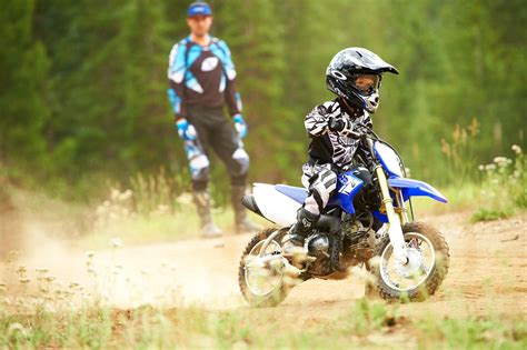youth motocross bikes 2013 yamaha tt r50e 3 speed automatic dirt bike for kids