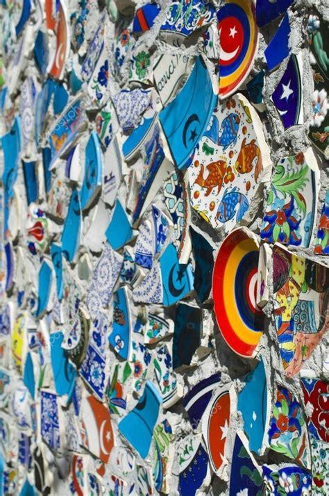 mosaico con piastrelle rotte parete mosaico di piastrelle rotte in istanbul foto