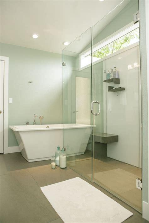 create  seamless    barrier  shower base