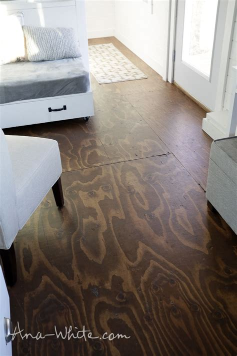Flur Diy by Best 25 Plywood Subfloor Ideas On Painting