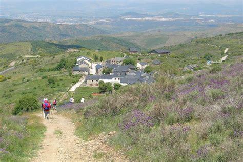 el camino spain hiking the camino de santiago from le 243 n to sarria self