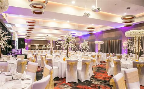 asian wedding caterers catering  clayton hotel chiswick