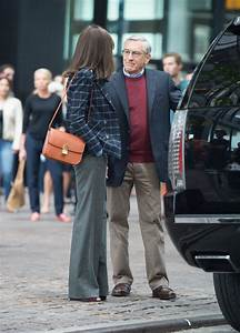 hathaway carries céline on the set of new