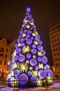 christmas tree lovoo weird christmas trees pinterest