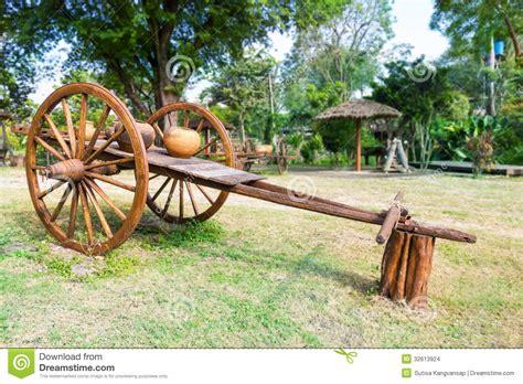 indian cart ancient timber bullock cart stock images image 32613924