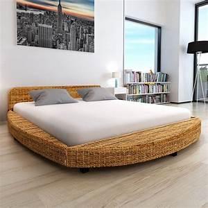 Lit Rond But : lit rond en bois d 39 acajou et abaca pour matelas 180 x 200 cm ~ Teatrodelosmanantiales.com Idées de Décoration