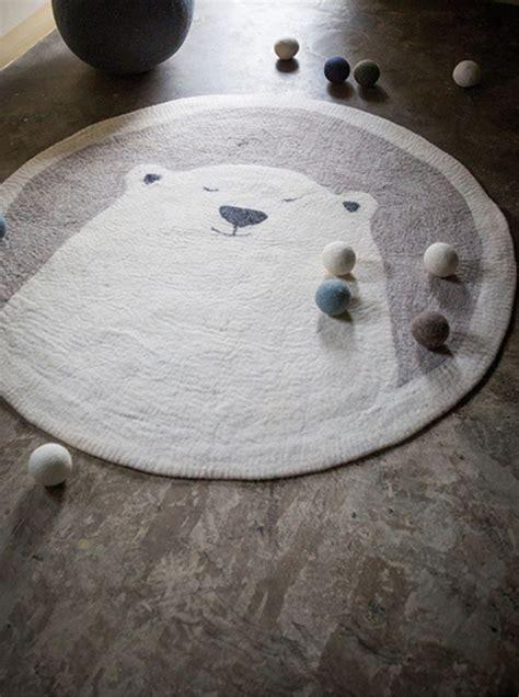 tapis ourson chambre bébé les 25 meilleures idées concernant bébé ours polaires sur