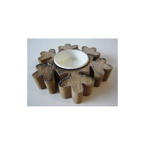 single wooden snowflake star shaped tea light candle