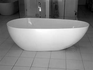 Freestanding baths melbourne sweet puff glass pipe for Bathroom spa baths melbourne